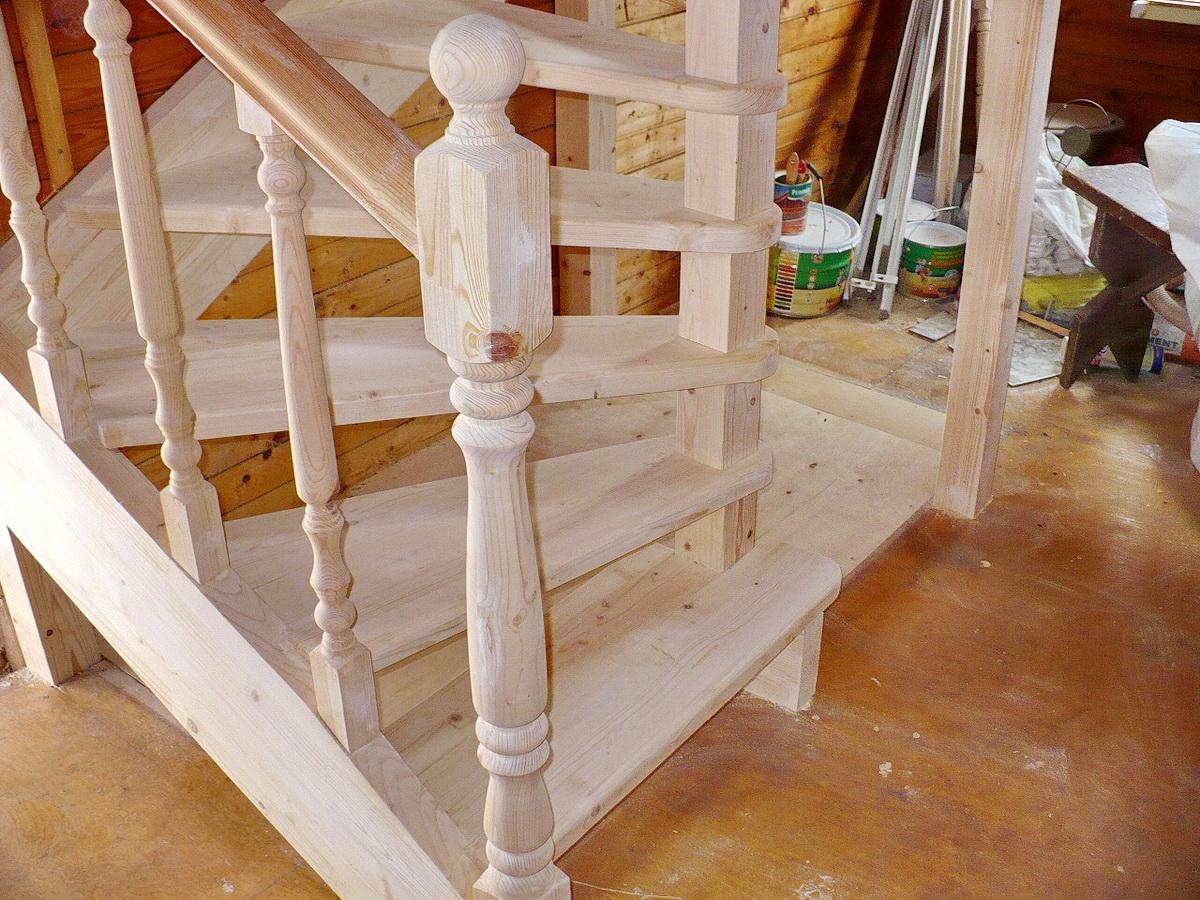 Деревянная лестница на второй этаж своими руками 98